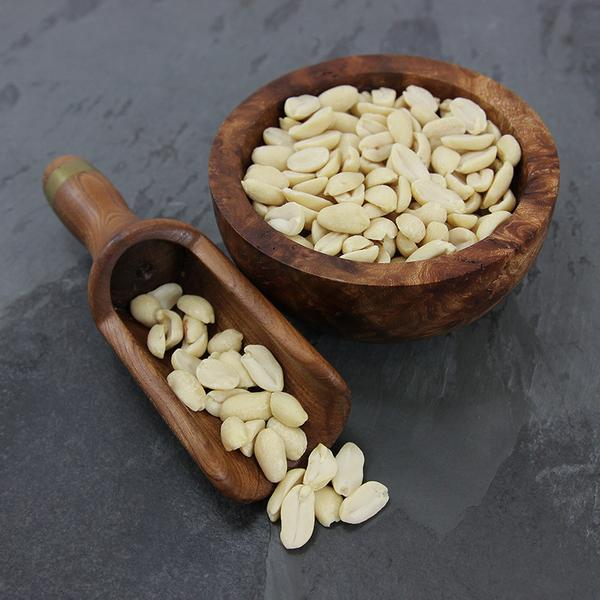 Split Blanched Peanuts